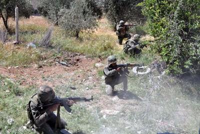 Photo of Army Intensifies Deployment in Qalamoun, Regains Areas in Aleppo's Al-Zahraa