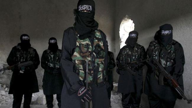 Photo of ISIL using female Takfiris to incite UK terror: Report