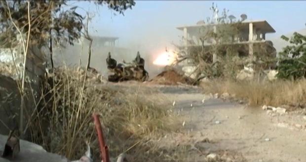 Photo of 1200 Terrorists Surrender in Qalamoun As Syrian Army Advances in Daraa, Quneitra