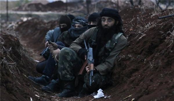 Photo of 100s of More Terrorists, Arms-Laden Trucks Enter Syria via Turkish Borders