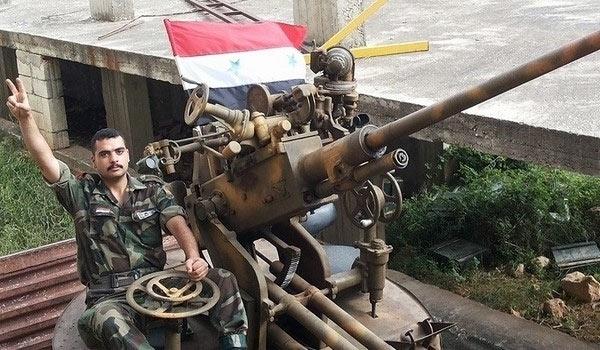 Photo of Syrian Army Seizes Back Strategic Village Near Tabaqa