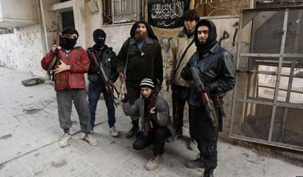 Photo of Al-Nusra Terrorists Continue to Cross Turkish Border into Northwestern Syria