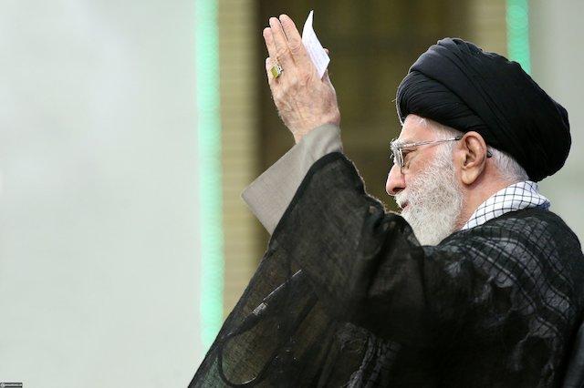 Photo of Leader of Islamic Ummah and Oppressed Imam Ayatollah Khamenei: Palestine is the Pivotal Issue of the Islamic World