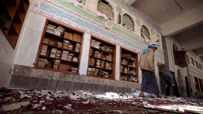 Photo of Blast kills three people at mosque in Yemeni capital
