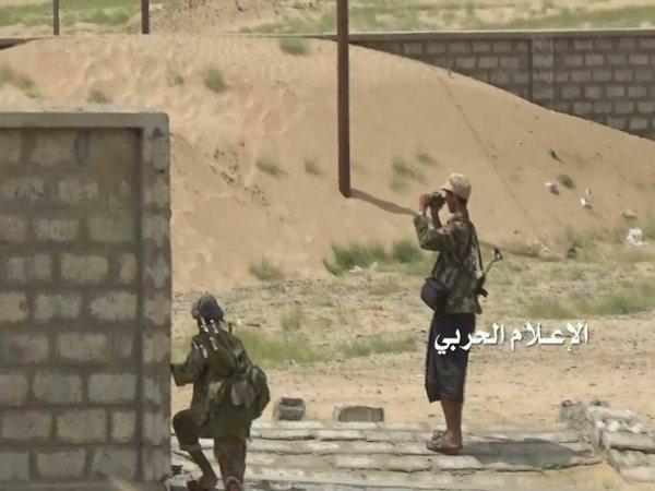 Photo of Yemeni Hezbollah missile strike destroys Saudi tank in Jizan