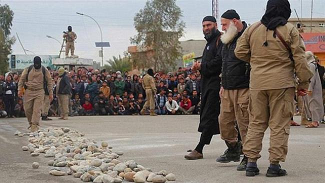 Photo of Daesh Terrorists captures 3,000 fleeing Iraqis: UNHCR