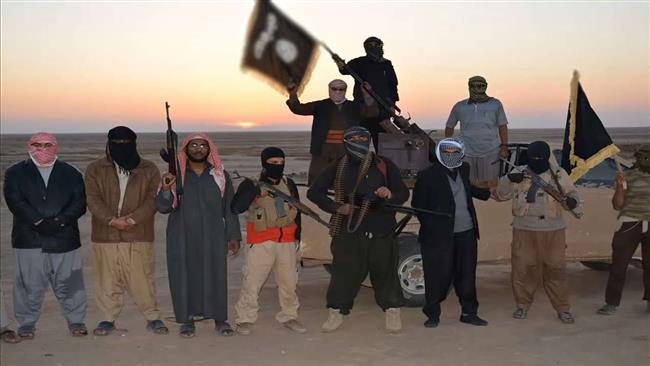 Photo of Daesh terrorists behead 13 civilians in northern Iraq