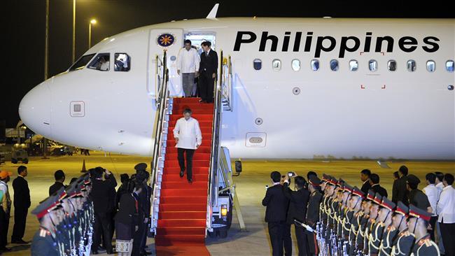 Photo of Filipino president uses vulgar term to describe