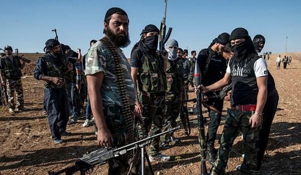 Photo of Terrorists Leaving Eastern Aleppo through Humanitarian Corridors