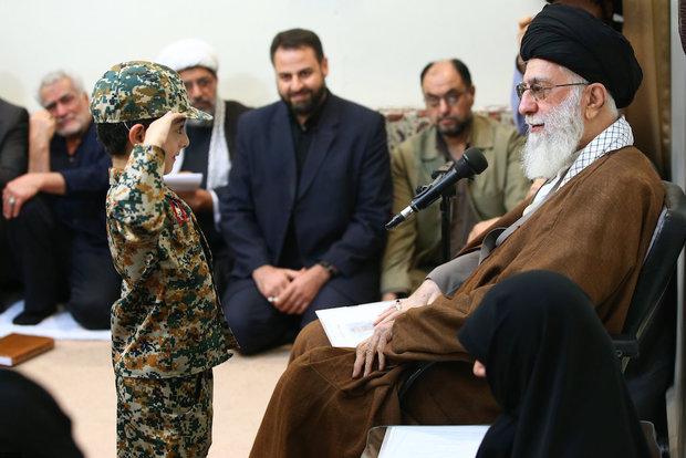 Photo of Leader of Islamic Ummah Imam Khamenei: Martyred Defenders of Shrine 'source of special honor'