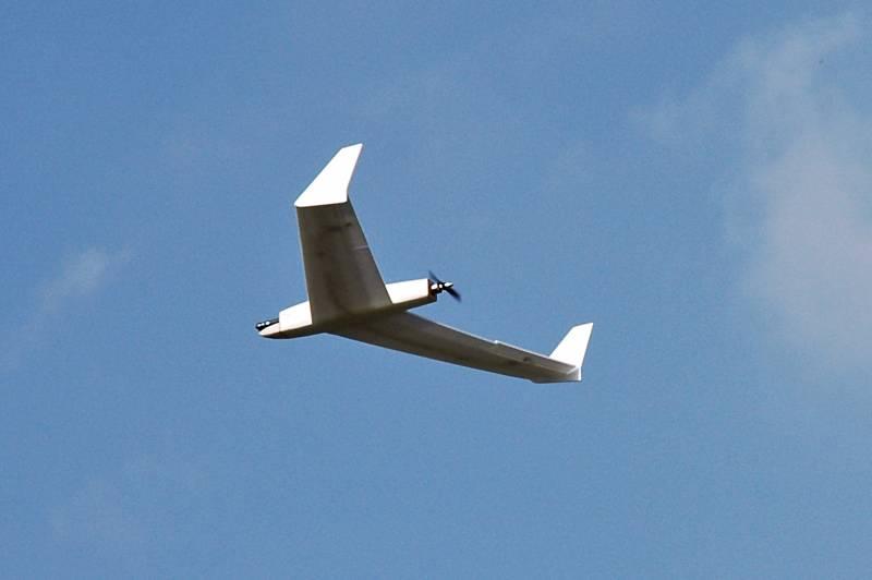 Photo of US sent Ukraine useless low-tech analogue drones: Report