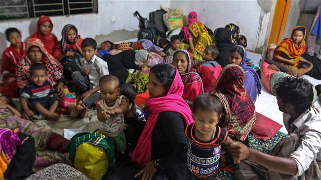 Photo of Cyclone Mora hits Bangladesh, 300,000 evacuated from coastal areas
