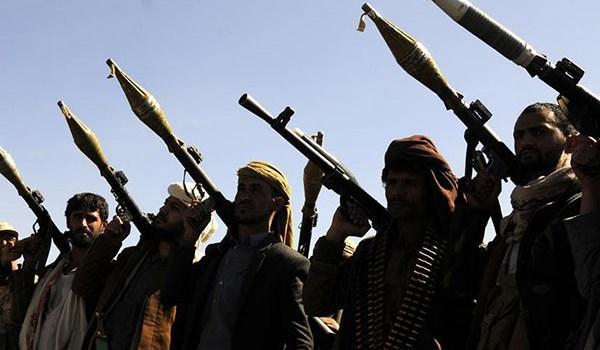 Photo of Yemen's Army, Popular Forces Capture Presidential Palace, al-Tashrifat Military Base in Ta'iz