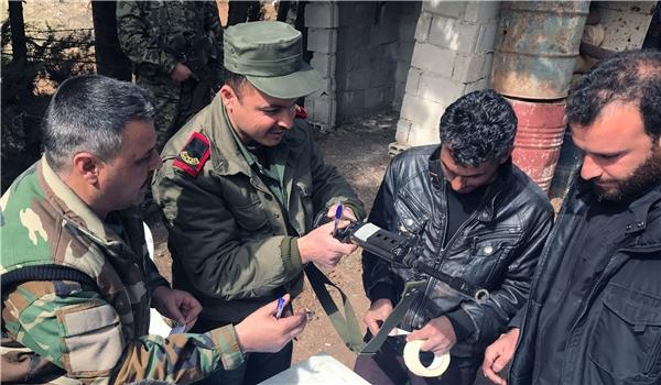 Photo of Tens of Gunmen Receive Gov't Amnesty in Northeastern Syria