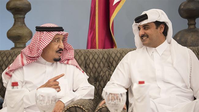 Photo of Saudi, UAE, Bahrain, Egypt cut ties with Qatar