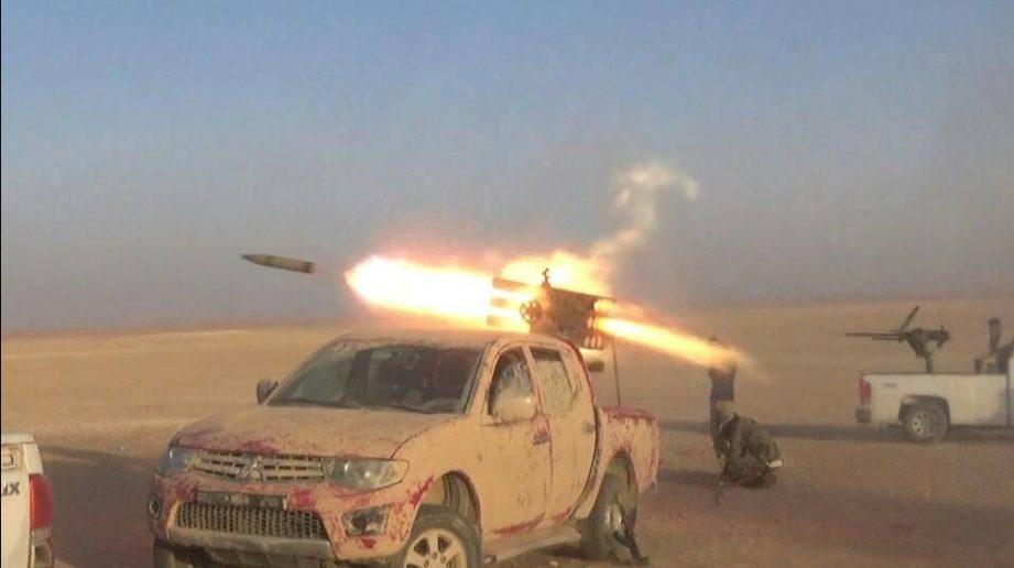 Photo of Pro-Syria forces smash key ISIS defense line before Sukhnah, capture strategic high-ground