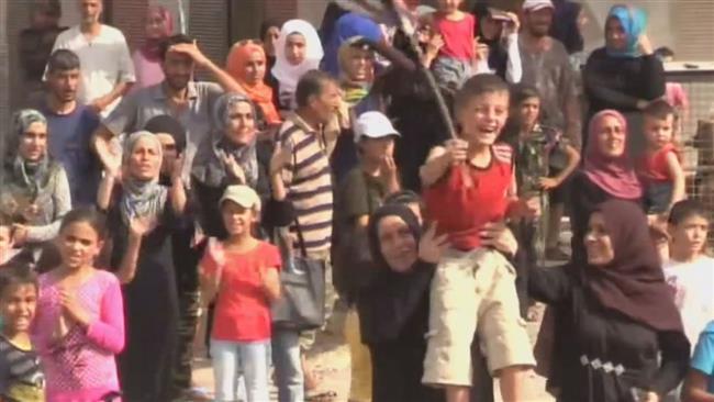 Photo of Dayr al-Zawr celebrates breaking of siege