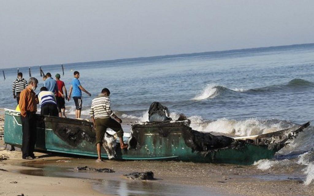 Photo of Zionist Israeli warplanes attack Gaza ports, destroy boat