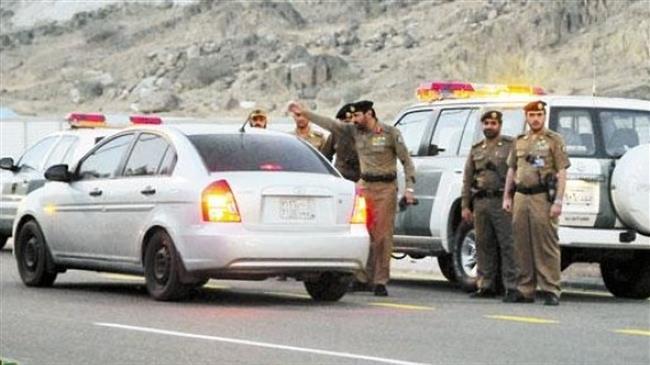 Photo of Attackers kill Saudi regime officer, raid military facility