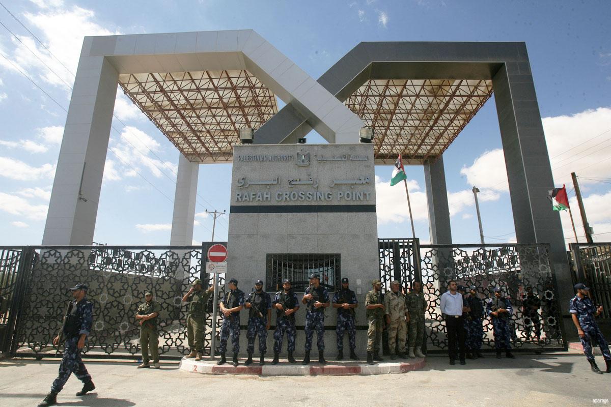 Photo of Zionist Egyptian regime closes Rafah crossing in Ramadan