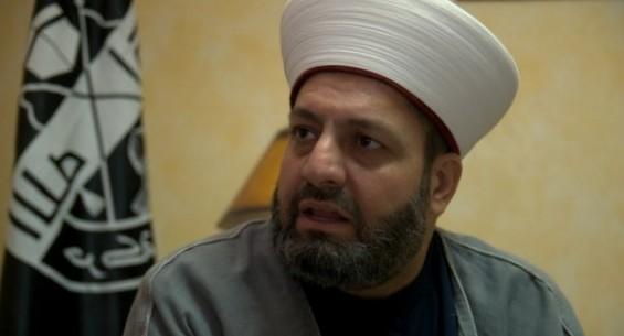 "Photo of Sunni Cleric: ""Imam Ali Khamenei's historical fatwa most unifying measure for Muslims"""